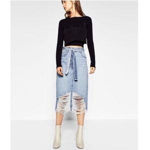 Zara Trafaluc denimwear long skirt size medium